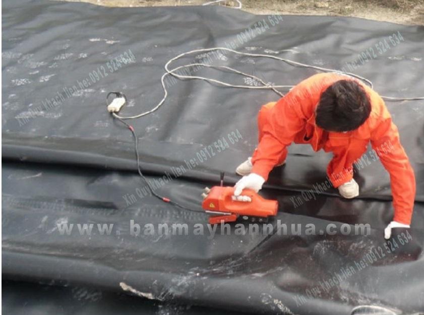 Máy hàn bạt HDPE ao nuôi tôm chất lượng được tin dùng nhiều.